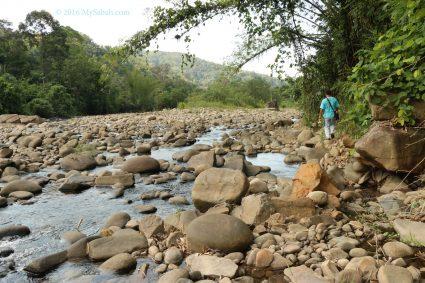 Trekking along the river