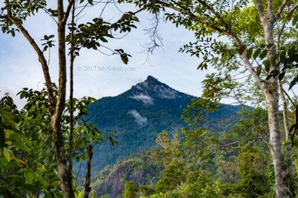 Mount Nombuyukong in Serinsim
