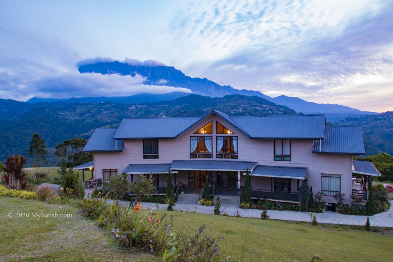 Hounon Ridge building and Mount Kinabalu